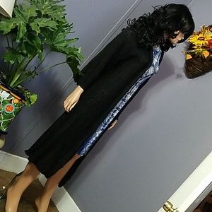 Sweaters - Long knitted black cardigan